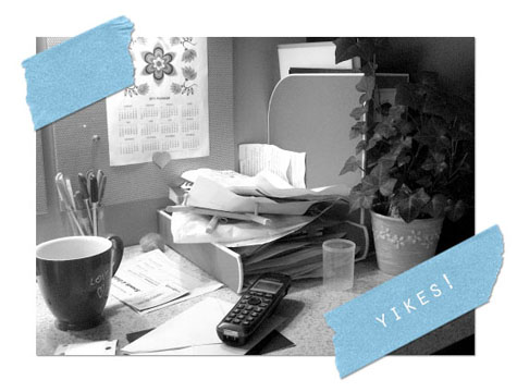 Messy-desk_sm